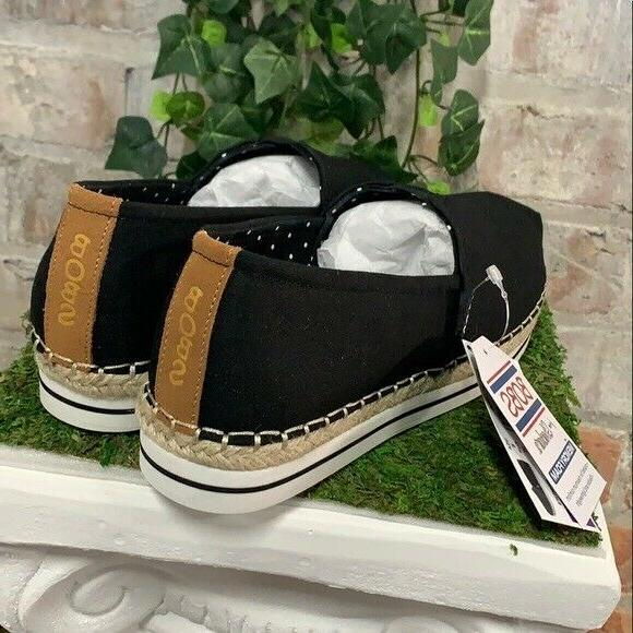 NEW BOBS Breeze Shoes Size