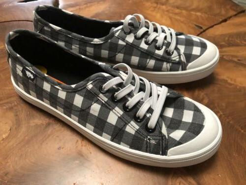 women s black check lace up sneakers